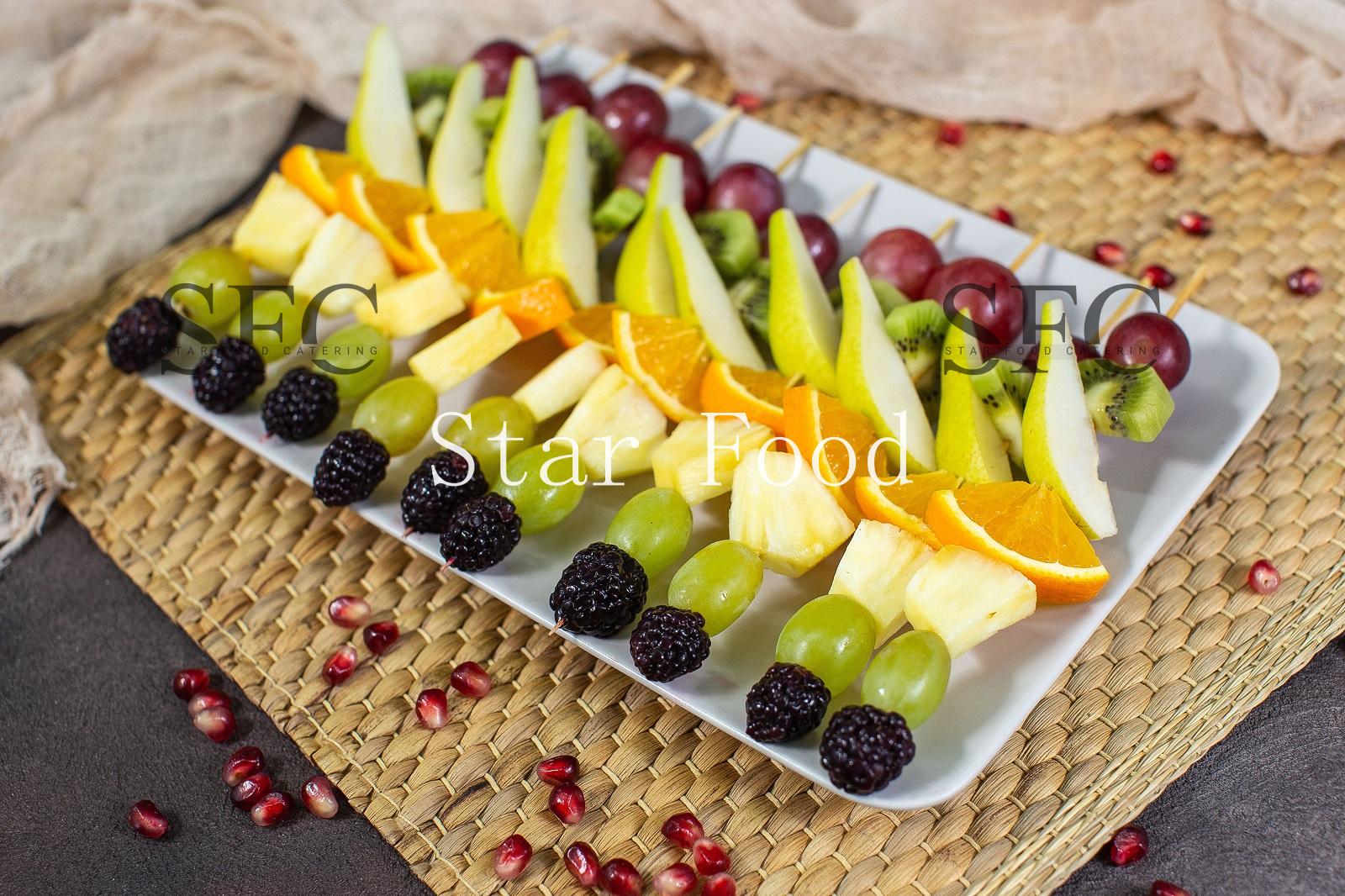 шпажки для фруктов фото уже
