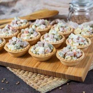 Тарталетки с оливье