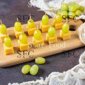 Сет Канапе с сыром и виноградом