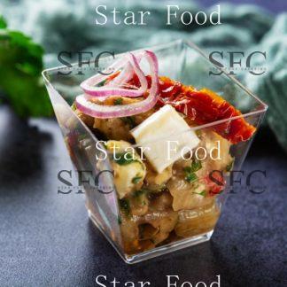 Салат из баклажанов с заправкой и козьим сыром